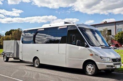 21 Seat Luxury Mini Bus